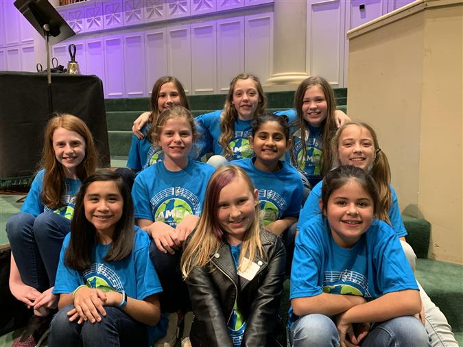 VHELP students at AMEA